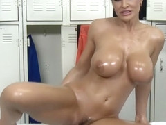 Lisa Ann Webcam part 4