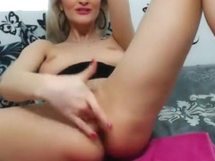 Mature Blonde With Red Lips Gets Anal Pleasure
