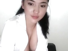 Asian Sexy Girl Masturbate On Webcam Show
