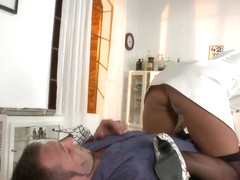 Marry Queen Mad Max - Burst on the Nurse - Brazzers