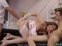 Mature brit swallows jizz