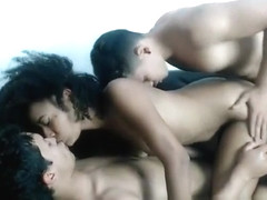 Amateur latina camgirl in threesome fucking on webcam