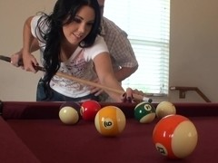 She sucks at pool